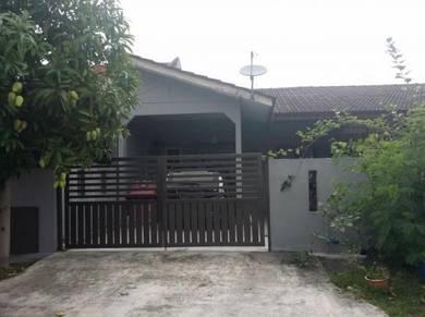 1 storey Batu 6 Taman Wira Meru Klang