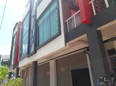 Office Lot 1st Floor Opposite The Wave Kota Laksamana nr 707 Hotel