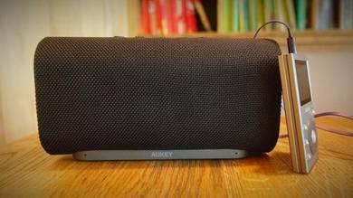 Aukey Eclipse (SK-M30) Bass Bluetooth Speaker