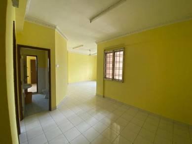 Persiaran Tanjung Tampoi High Floor Cheaper Unit/Full Loan /New Paint