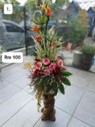(1) Flower With Stand/ Bunga dengan Stand
