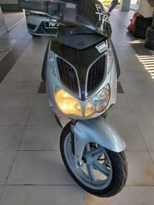 Aprilia sportcity 200