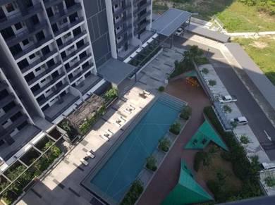 3 bedroom 3 bathroom| 2 car park high floor Maya Condo Likas