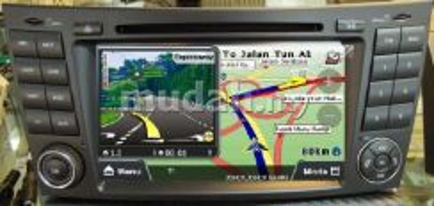 2-Din DVD GPS Camera TV BENZ W211 7 Inch Full HD