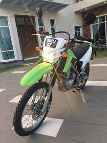 KLX 150 with nice plate number 1M4U 47