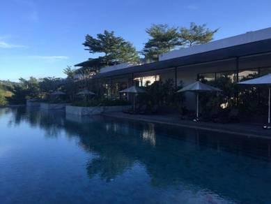 20Trees Apartment with Garden (20 Trees, Taman Melawati Indah)