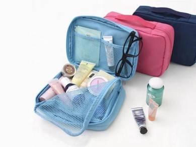Travel Toiletries Pouch Multi Purpose Waterproof