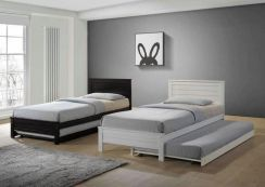 Single bed with pull out (3773) 17/3