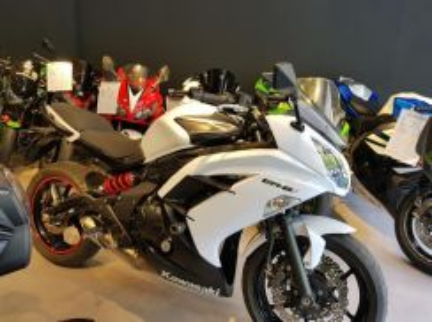 Kawasaki er6f er6 XJ6 MT07