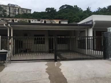 Taman Public Single storey house, Lorong Hen paya 2