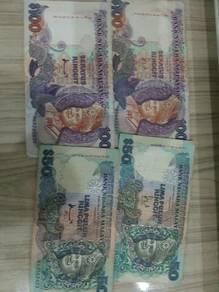 Old malaysia money Rm100x2 Rm50x2