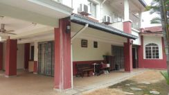 Puchong hartamas 2-sty corner for sale 1.13mil (reduced from 1.3m)
