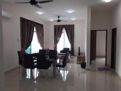 M Condominium Larkin (FULL LOAN) Middle Floor F/Furnished Gated Guard