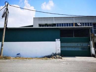 Corner 1.5 sty factory at menglembu timur, ipoh
