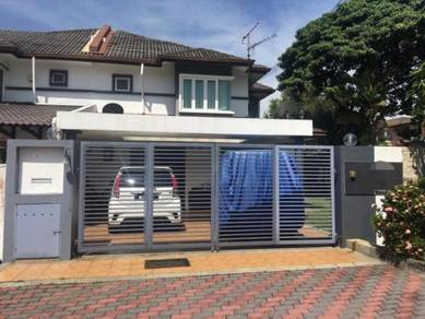 Fully Reno Corner Lot Double Storey (Nearby Masjid BK5) Bandar Kinrara