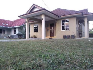 Rumah Sewa,Taman Kedondong, Kadok