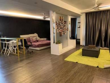 (RENO COST 350k) !!! 3 Storey Armaya Bandar Botanic Klang for sale
