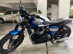 Triumph Bonneville T214 Limited Edition For Sale