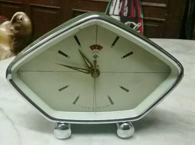 Antik table clock lama 1