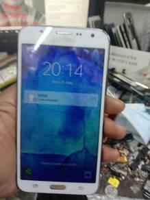 Samsung galaxy j7 j700
