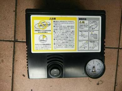 Electric portable tyre air pump