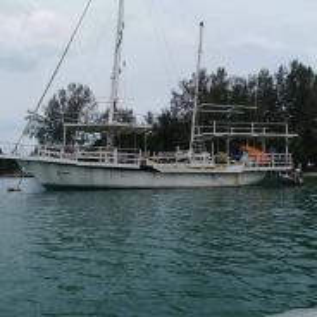 Sailing yacth