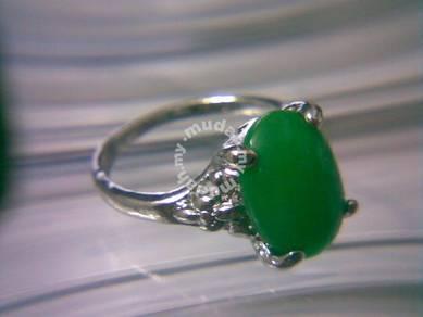 ABRSJ-G005 Silver Metal Green Jade Oval Ring Sz 8