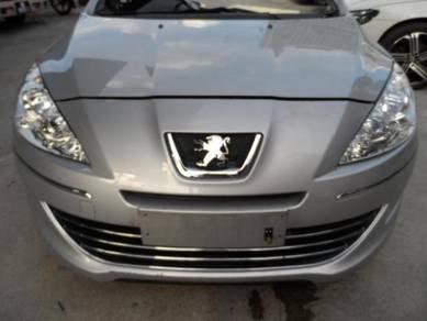 Peugeot 408 turbo half cut