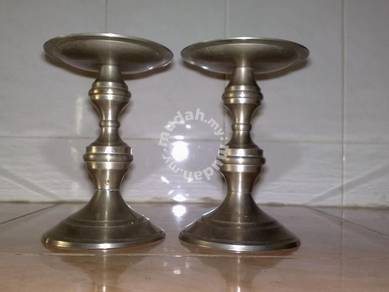 Stainless steel candle stand lilin