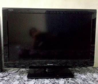 Tv sharp 32 Inch lcd