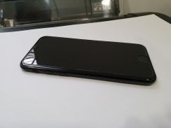 Apple iPhone 7 128GB Jet Black Colour MY Set