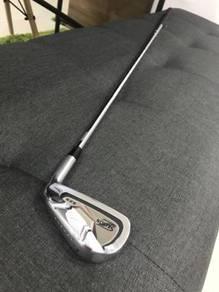Srixon z525 iron 4 golf