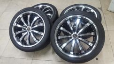 Sport rim dan tyre 20 inch alphard vellfire (USED)