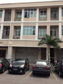 3 storey Shop Lot Pusat Perniagaan Sg Jelok , Kajang
