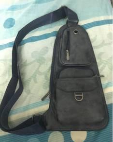 Lancaster Polo Sling Bag