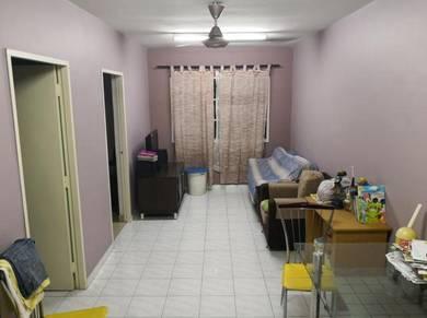 Renovated Lestari Apartment Damansara Damai near MRT 650sf 3R2B