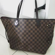 Pre-loved authentic LV MM NEVERFULL Totebag