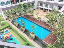 Greenfield Regency Apartment,Tampoi