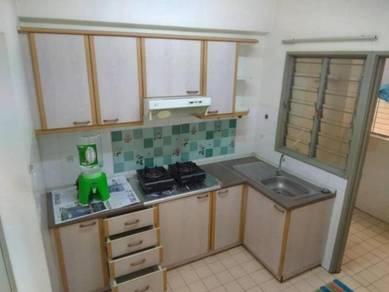 CLEAN UNIT! 3 bedroom unit at Paradesa Rustica, Sri Damansara