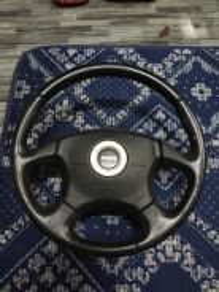 Steering momo 4 spoke