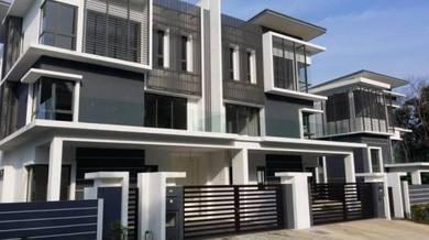 [Brand New 3 Storey Semi Detached] Seri Kembangan Taman Bukit Serdang