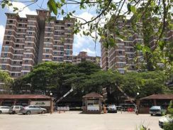 Kajang Sungai Long, Garden Park apartment with POOL