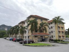 Permai Lake View Apartment Fully Furnished