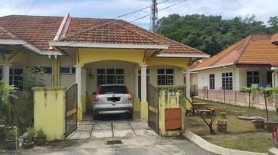 Taman Bukit Bayas Indah, Jalan Pasir Panjang