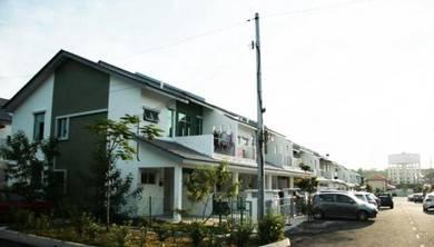 Taman Tasik Puchong Town Villa