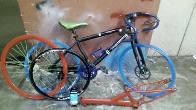 Basikal fixie racing