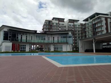 Kuching Condominium(3 Bedrooms) Homestay, Van