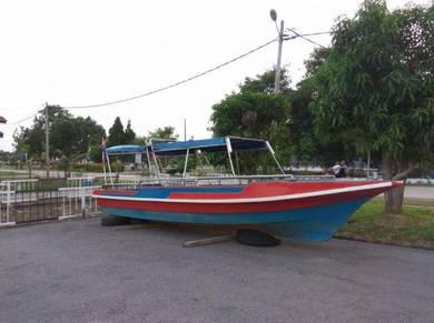 Boat / bot 26x6ft