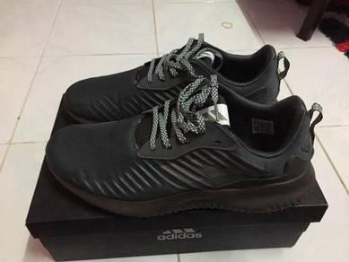 Adidas alpha bounce shoe size 10uk