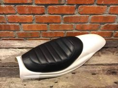 Triumph kompo tech cross vintage leather seat